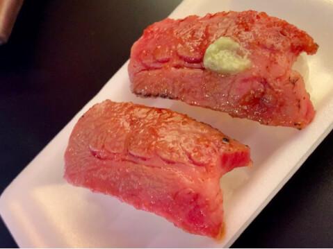 京のお肉処弘錦-牛トロ炙り寿司