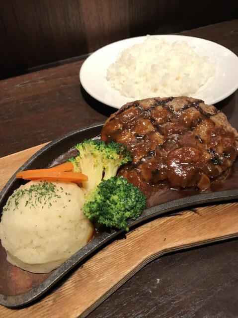 ハードロックカフェ 上野駅 上野 ランチ 肉料理
