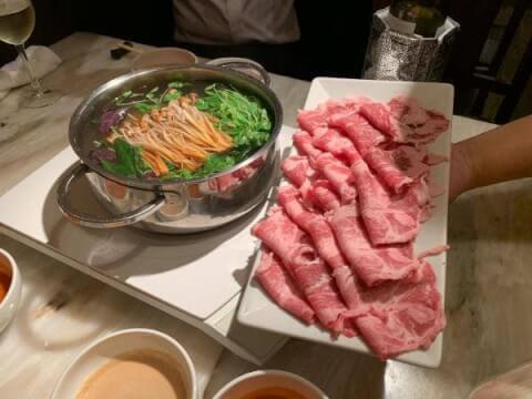 門前仲町でおすすめの安い居酒屋、魚や焼き鳥肉料理がうまいおすすめ店、肉バルのスペインイベリコバル