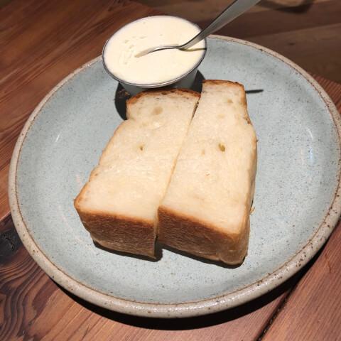 池袋カフェ エスプレッソDワークス 食パン