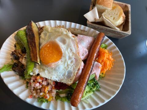 池袋カフェ グッドモーニングカフェ サラダランチ