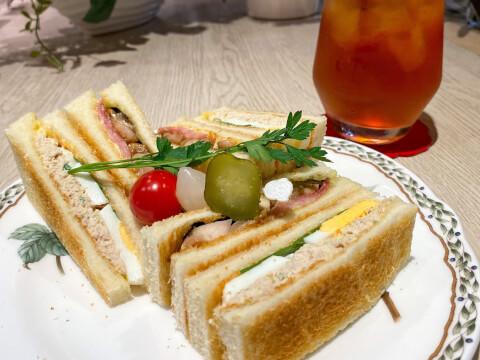 池袋カフェ ケンジントンティールーム サンドイッチ