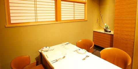 東京 丸の内 ディナー イタリアン イルギオットーネ 記念日 デート  個室