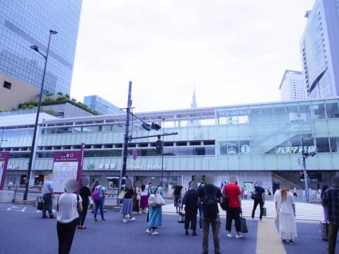 バスタ新宿の写真