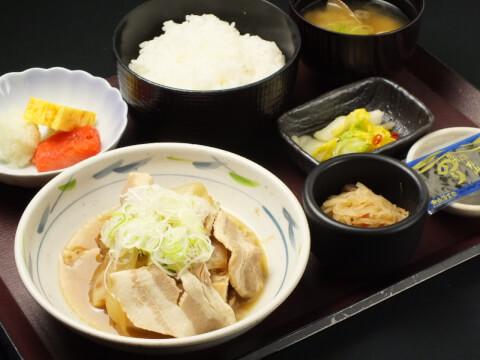 肉豆腐定食の写真