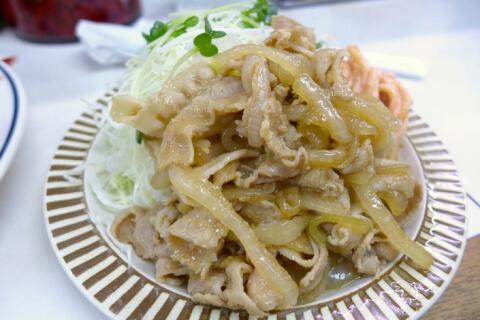 キッチン南海の生姜焼き定食