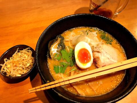 恵比寿 おすすめ ラーメン 麺酒場 框 山出汁合わせ味噌麺