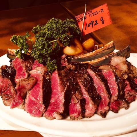肉賊カウボーズの料理画像