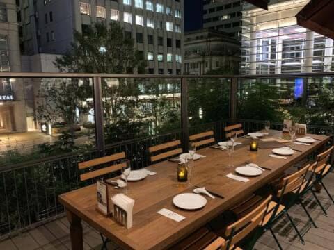コレド室町 台湾レストラン 富錦樹台菜香檳 テラス席