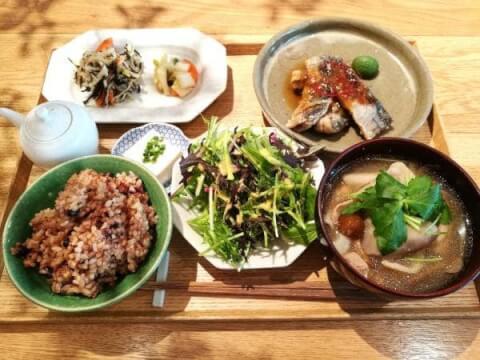 コレド室町_カフェ_タベルカ_定食