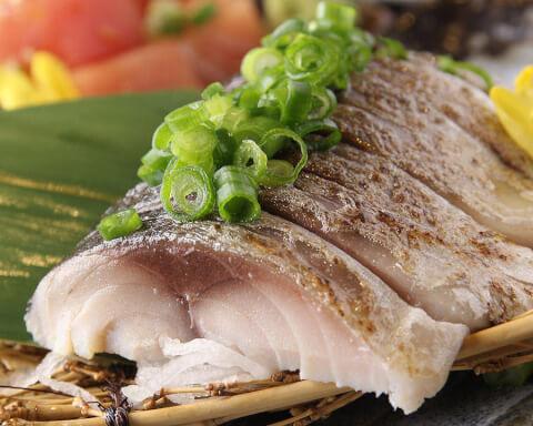 まるし 大トロ鯖寿司