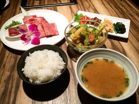 新宿 肉ランチ ますお 焼肉Aランチ