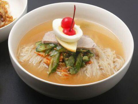 めいげつの冷麺