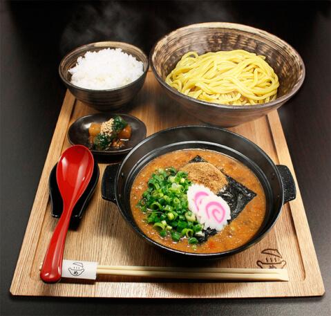 めんたい煮こみつけ麺料理
