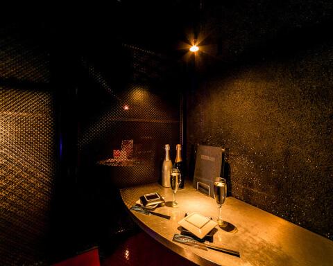ミステリアス 新宿 デート ディナー ランチ 居酒屋 カフェ レストラン 個室