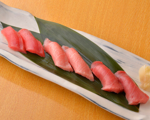 桃太郎のサービス寿司