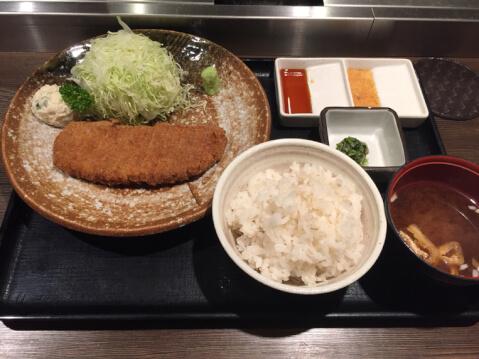 渋谷_ランチ_牛かつ_もと村_宮益坂_定食セット