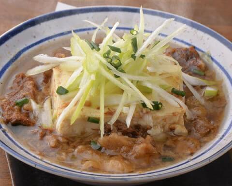 秋葉原 居酒屋 ちゃい九炉 じっくり煮込んだもつ煮豆腐