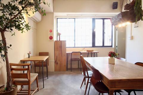 ムブカフェ  新宿 カフェ おすすめ 新宿三丁目