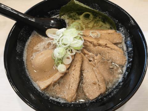 ラーメン長山 鶏豚骨醤油ラーメン