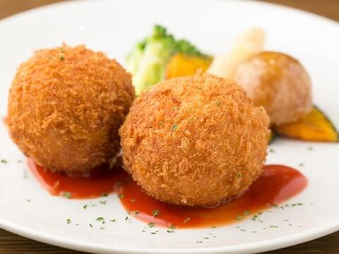 カニクリームコロッケ 洋食家 ロンシャン JR名古屋駅店 ランチ おすすめ 安い