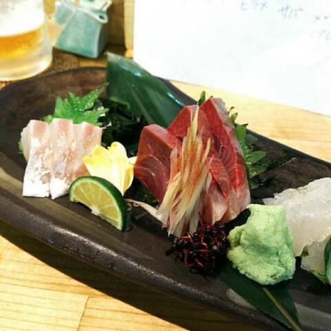 名古屋 居酒屋 魚河岸割烹 鮮 お造りの五種盛り合わせ
