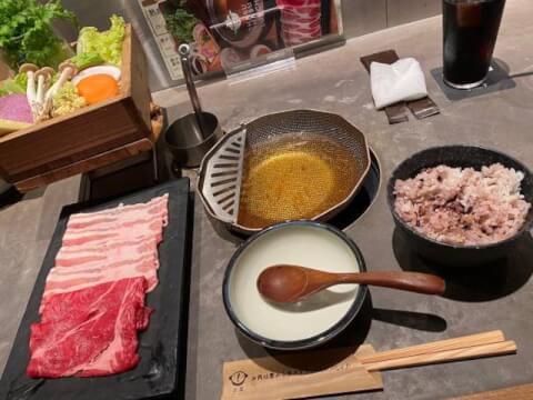 中目黒ランチ 肉料理 しゃぶしゃぶレタス 料理