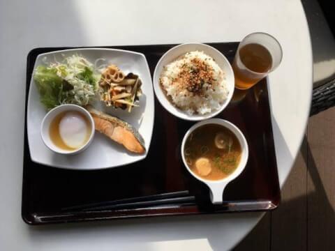 大阪 梅田 モーニング 菜の花食堂