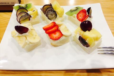 tokyo-sweets-fruitsparlorgoto-opensandwich