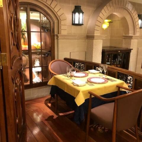 新橋でディナーにおすすめの肉が美味しいお店、誕生日デートや女子会にも人気の巴里夕顔
