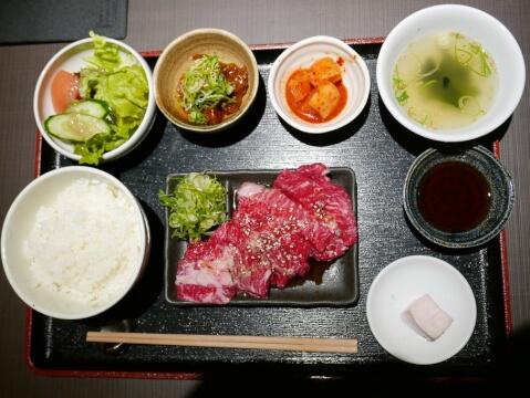 kyoto_restaurant_pondkarubi