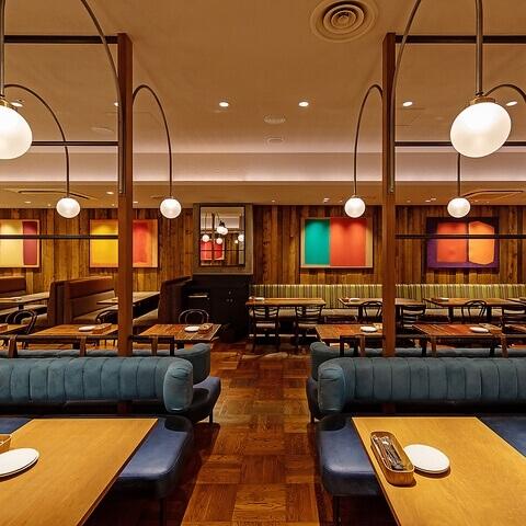 カフェランブータン 新宿 レストラン