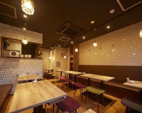 赤羽のおしゃれで安いおすすめの居酒屋、個室で昼飲み、餃子バルRENBOW