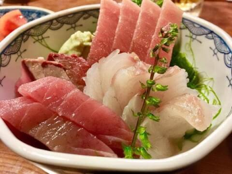 三州屋  飯田橋 居酒屋 魚 美味しい  おすすめ 和食 安い 刺身