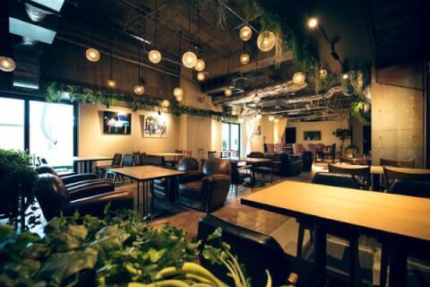 渋谷ランチ eplus LIVING ROOM CAFE&DINING 店内