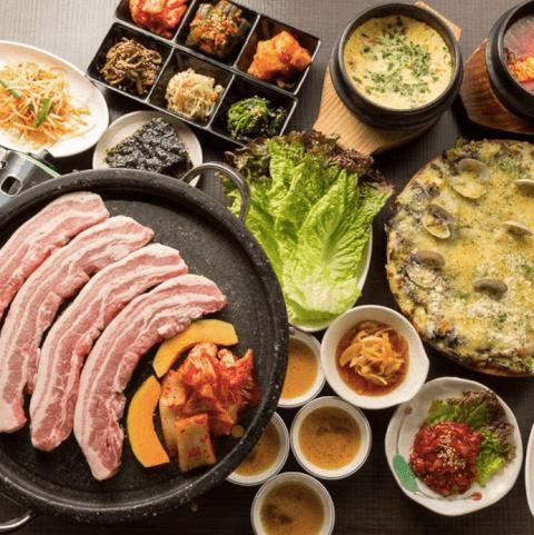 新大久保 生サムギョプサル専門店 トマト 韓国料理 おすすめ