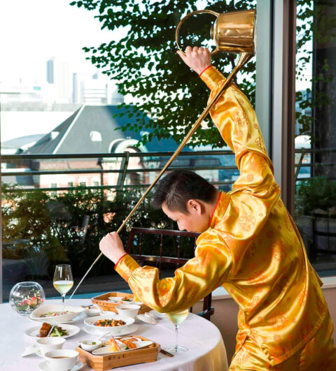 東京 丸の内 ディナー 中華  四川豆花飯荘 四川料理 茶芸師 パフォーマンス