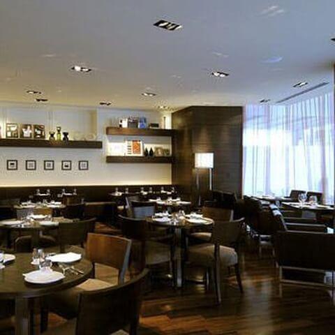 ヴィラッツァ ホテルサンルート プラザ新宿 イタリアンレストラン おすすめ 南新宿