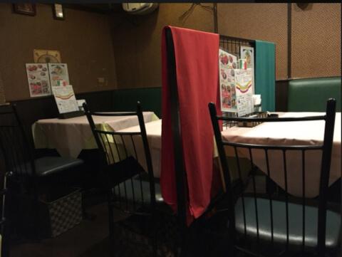 新宿 ディナー イタリア食堂ブラーボ おしゃれな店内