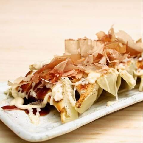 つつみ屋 餃子専門店 浜松町 居酒屋