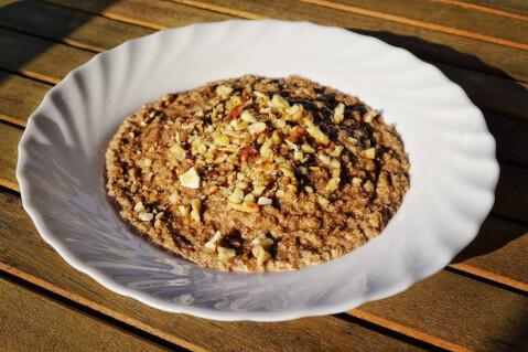 スーパーフードなどの雑穀グラノーラ