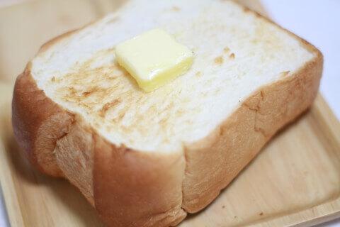 業務スーパーの天然酵母食パン
