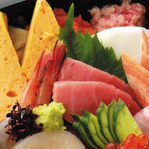 寿司勝の海鮮ちらし