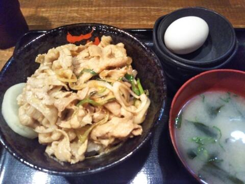 ikebukuro-lunch-densetsunosutadon