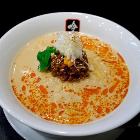 餃子と担々麺 吟 仙台 ランチ 麺