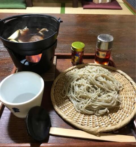 兵庫県の名物、出石そばのおすすめ店、天通
