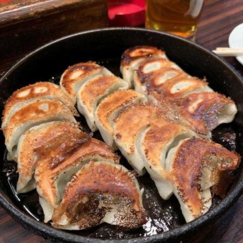 鉄なべの焼き餃子