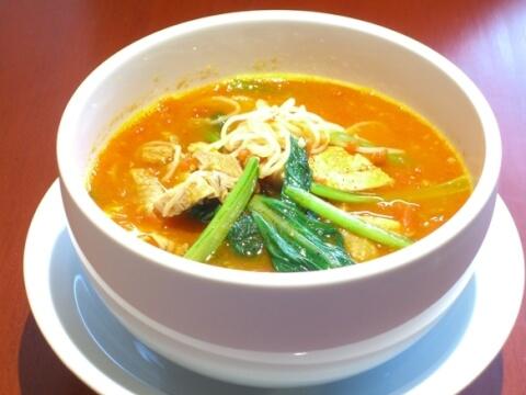 新宿 ランチ 太陽のトマト麺Next 太陽のラーメン