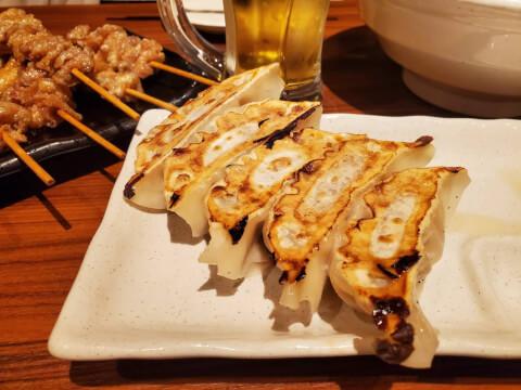 新橋 居酒屋 とりいちず とりの焼き餃子