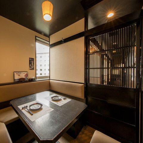 赤羽のおしゃれで安いおすすめの居酒屋、個室で肉料理、黒毛和牛すき焼きとしゃぶしゃぶ 和牛酒場とりこ